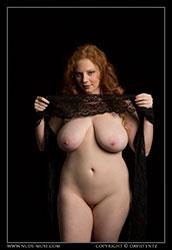 Avalon model naked
