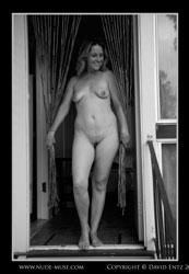 Frau Swap Offener schwarzer Akt Mutter- und