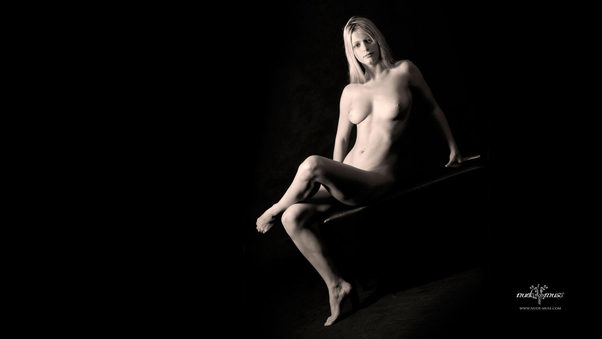 evalion nude